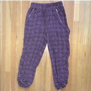 Pants - Red Cropped Joggers Yoga Mandala Size Small